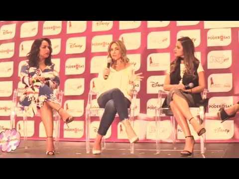 Maite Perroni en Poderosas Live - People en Español