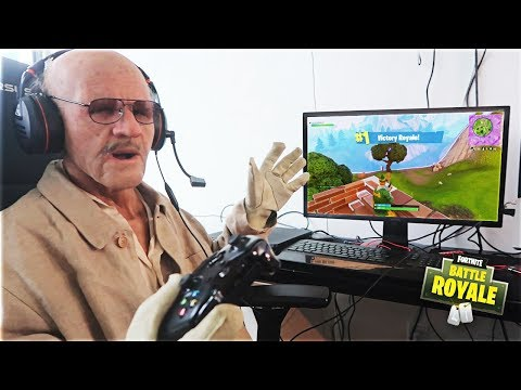 This 100 Year Old Man Played Fortnite And WON (My Grandpa)