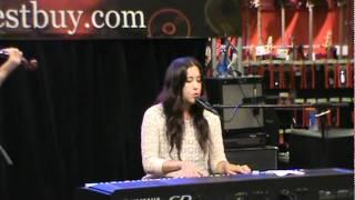 Fairweather Friend- Vanessa Carlton (Live at Best Buy)