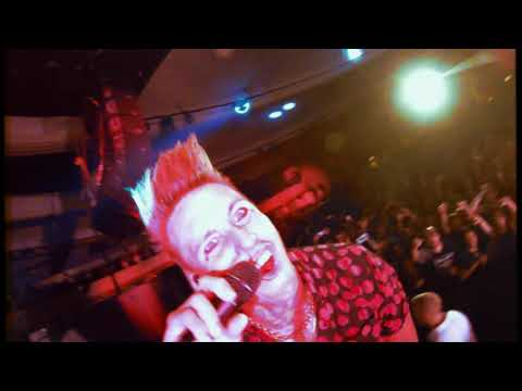Смотреть клип Papa Roach - To Be Loved