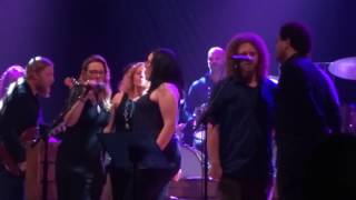 it makes no difference tedeschi trucks band and amy helm and the handsome strangers 5 14 2