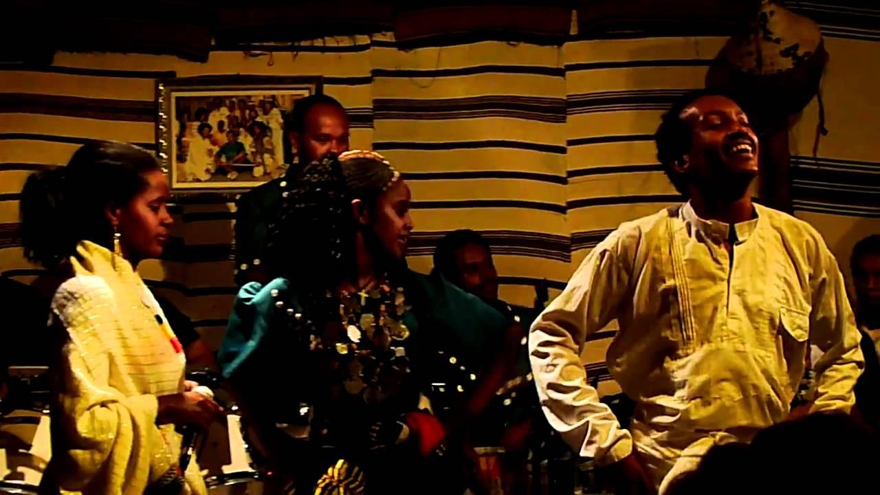 Download Ethiopian shoulder dancing