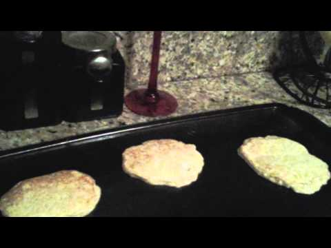 how-to-make-protein-pancakes-with-protein-powder