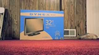 """Dynex 32"""" LCD TV - 720p - 60hz Unboxing & First Impressions!"""