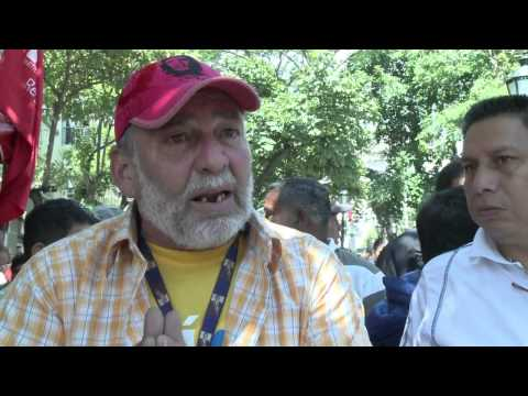 Venezuela_ Caracas diffuse des photos de Chavez (HD)