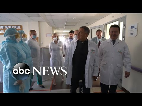 Russian doctors threatened by authorities as COVID spreads