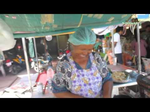 ตลาดบ้านเพ คุยกับป้าขายปลาหมึกย่าง ระยอง : Baan Phe ; Shop ; Rayong,Thailand