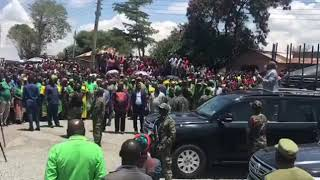 Download Video RAISI JOHN POMBE MAGUFULI ASIMAMISHWA GHAFLA NYAMUSWA. MP3 3GP MP4