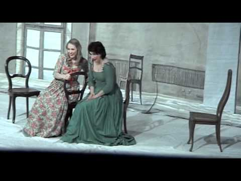 Aga Mikolaj and Angela Brower in Cosi fan tutte Duett Act 2