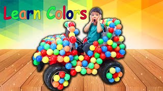 APRENDENDO CORES EM INGLÊS COM BOLAS, Learn Colors with colorful balls in toy car