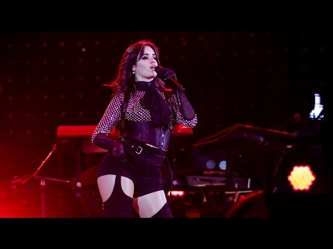 "Camila Cabello- Performs ""Dreaming Of You"" Selena Quintanilla 