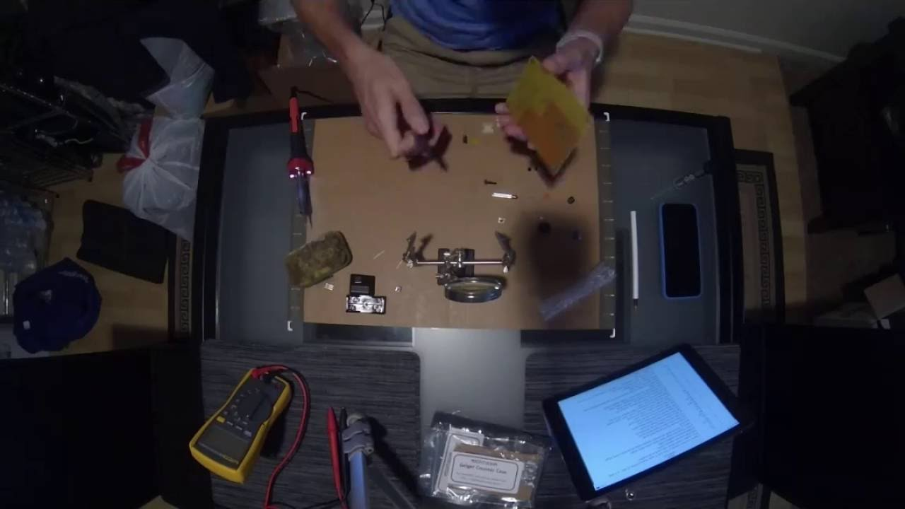 Assembling MightyOhm Geiger Counter