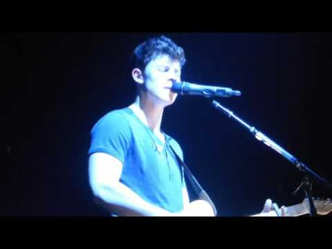shawn-mendes-never-be-alone---hey-there-delilah-live-fabrique-milano-27-4-2016