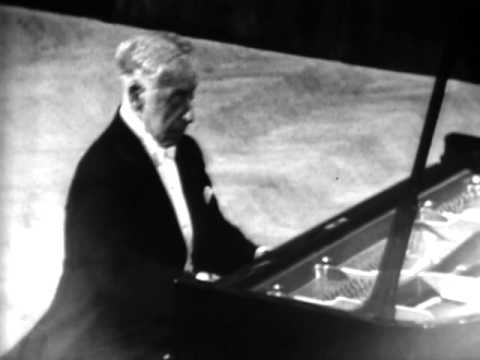 Rubinstein plays Chopin Waltz in A-Flat Major, Op.34 No.1