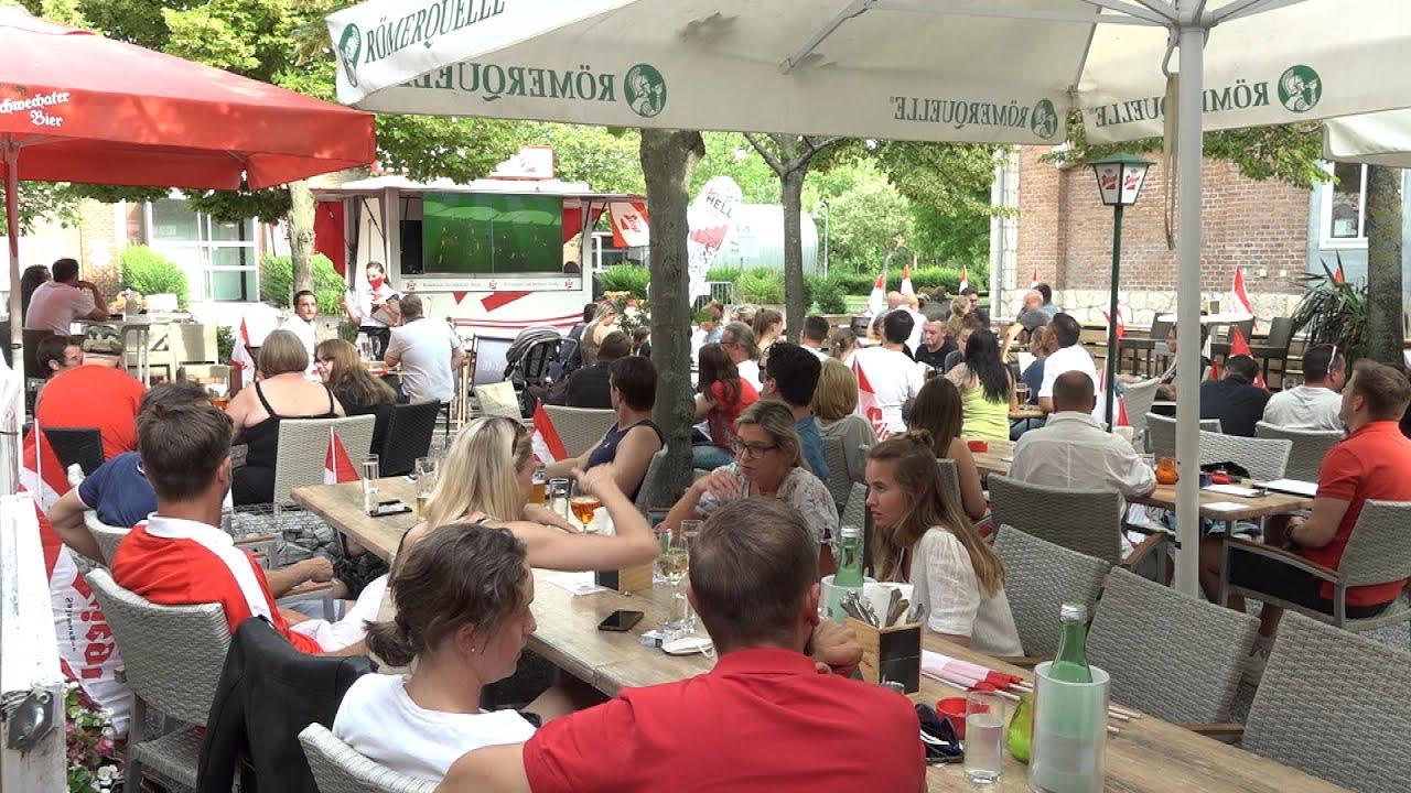 Public Viewing in Schwechat