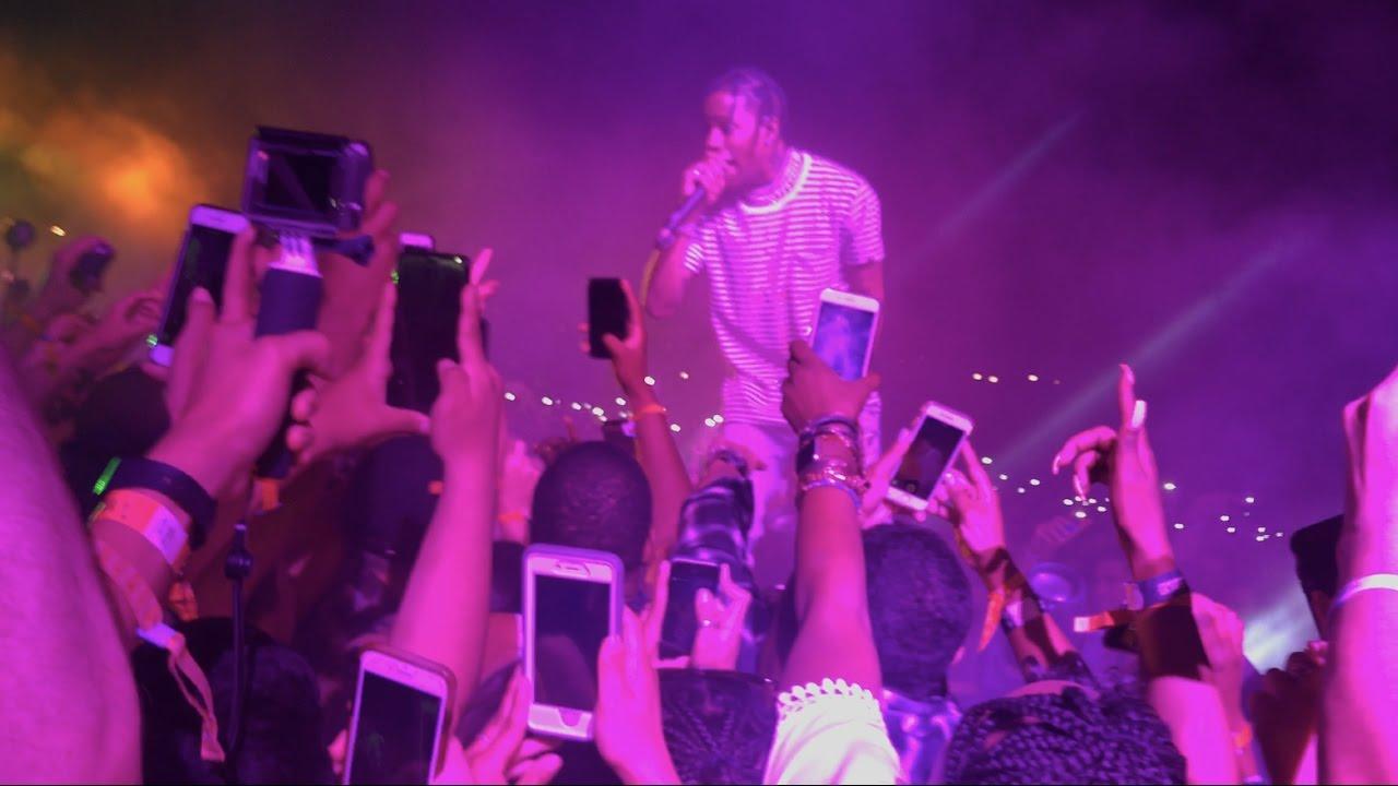 e3b06ad10b29 Travis Scott [Live @ Coachella 2017, Weekend 1] - YouTube