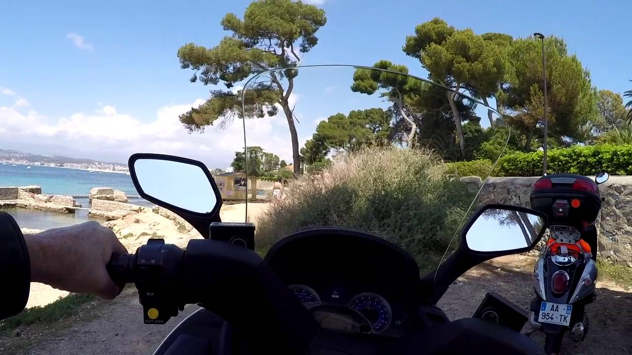Cannes Scooter Getaway
