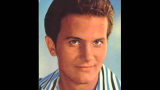 Pat Boone-The Wayward Wind