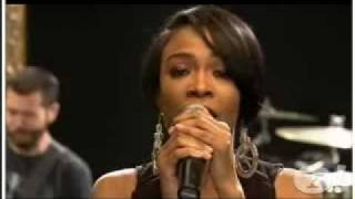 michelle williams covers rihanna s don t stop the music for pepsi smash