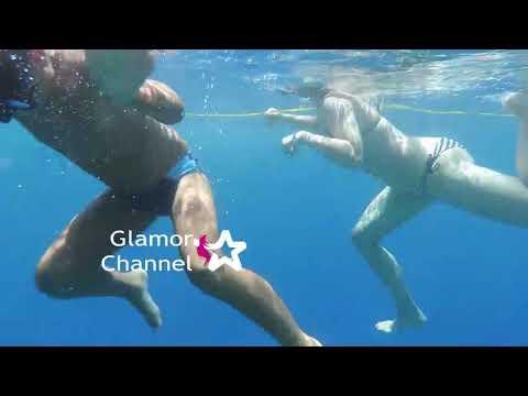 Love me in underwater Australia