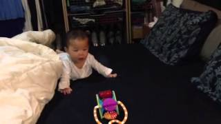 Vy beginning to crawl [Take 2]
