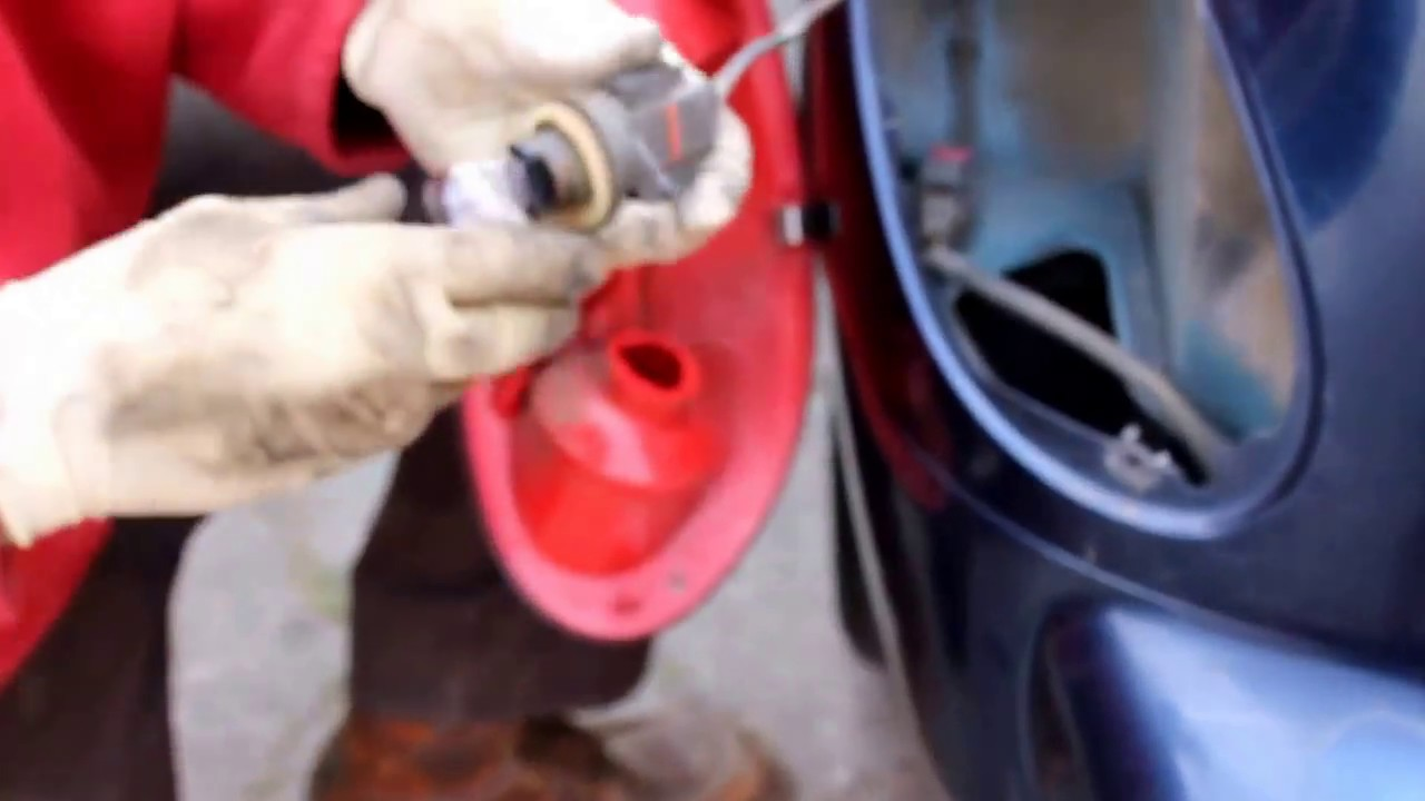 Replacing A Burned Out Brake Light Bulb Pt Cruiser