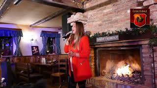 Leona Gyöngyösi-Benefiční vánoční večírek v restauraci Černý kohout