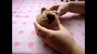 Видео мастер-класс по сухому валянию игрушки - Кот Бакс(, 2012-07-25T22:58:17.000Z)