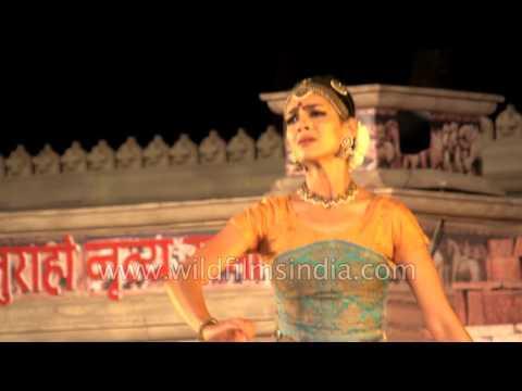 Rukmini Vijaykumar : Bharatnatyam dance in Khajuraho