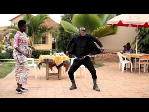 King Kong Mc Dancing to One Rand by Bobby Rave from Germany