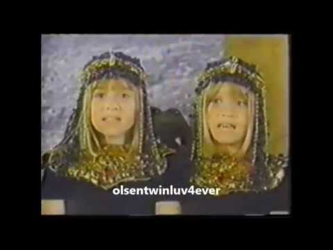 Mary-Kate & Ashley Olsen - Walk Like An Egyptian