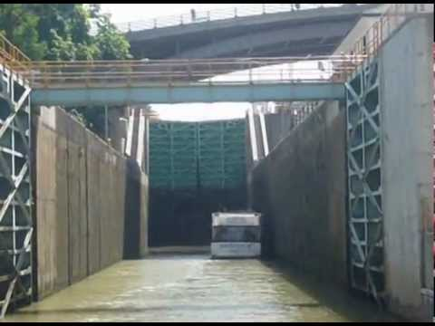 Touring the Erie Canal on a Rented Canal Boat - Part 1 of 3