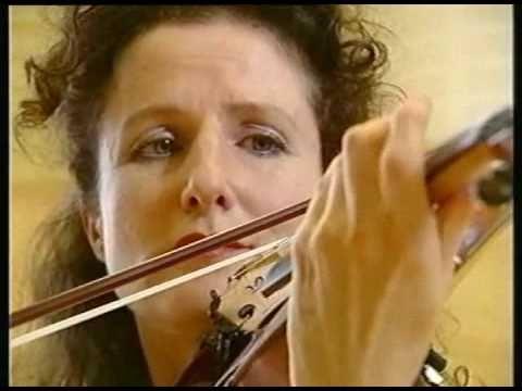 Madeleine Mitchell violin-Goossens Adagio/Somm CD British Treasures session