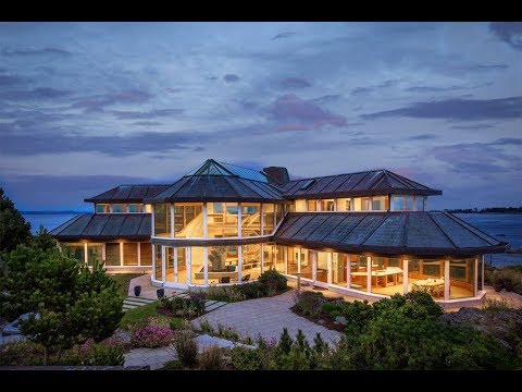 Iconic Glass House In Victoria, British Columbia, Canada | Sotheby's International Realty
