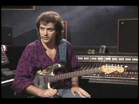 How to play Yes' Owner of a Lonely Heart Solo