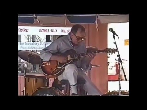 Howard Roberts Have a Camel Blues  ( Bags Groove Milt Jackson )Live