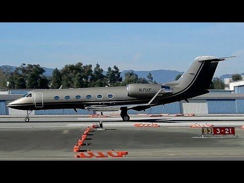 Private Jets at Santa Monica Airport (KSMO) California