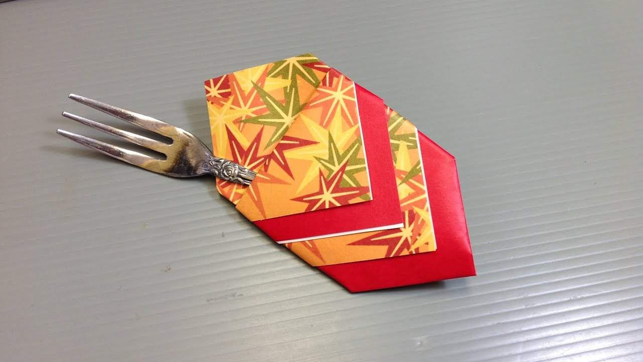 Momiji Autumn Leaves Origami Pattern Paper
