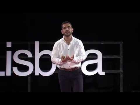 Os 3 P's de Portugal e o Mar | Hélio Rasteiro | TEDxLisboa de YouTube · Duração:  14 minutos 25 segundos