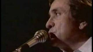Johnny Cash - Dont Take Your Guns To Town