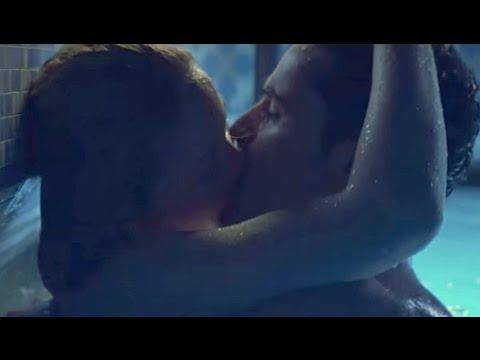 Erika Christensen And Jesse Bradford Hot Scene In Swimming Pool | Swimfan