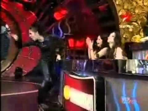 Mukti Wid Cat Dance Form.flv