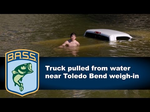 Truck pulled from water near Toledo Bend weigh-in
