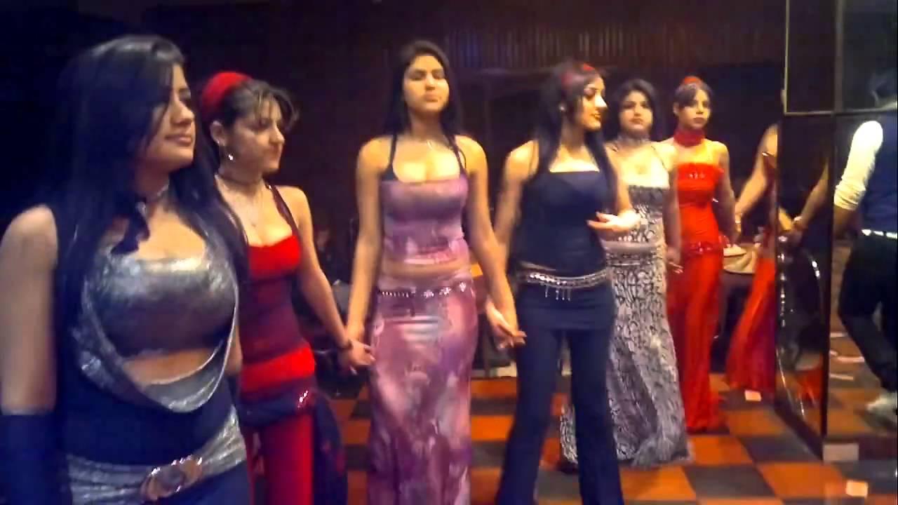 5c901402f945c رقصات بنات الباشا الباشا YouTube - YouTube