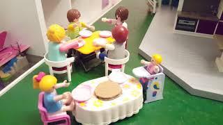 Vidéo Playmobil. Papy et mamie sont attendus pour manger la galette...