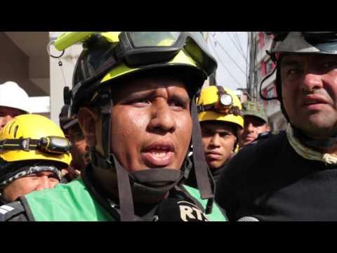 Rescate a sobreviviente en Portoviejo