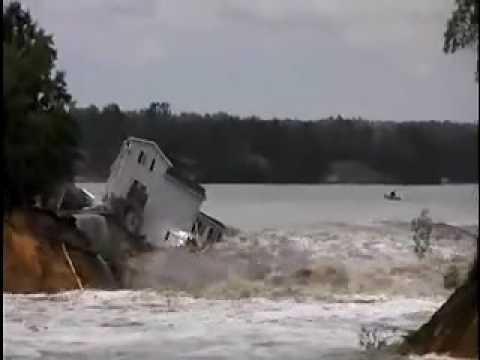 Tropical Cyclone Dineo bears down on Madagascar