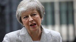 Tensión en el Parlamento británico tras el pacto de Theresa May con Bruselas