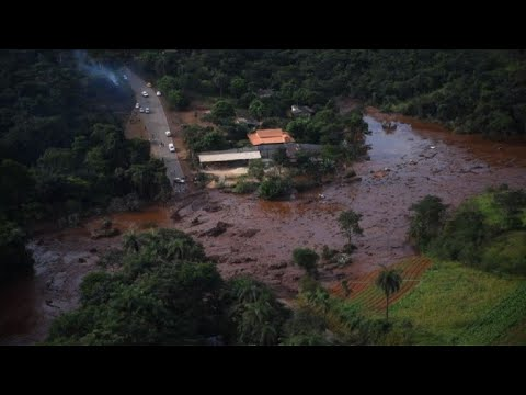 Brazil dam collapse releases huge flow of mud, deaths feared Mp3
