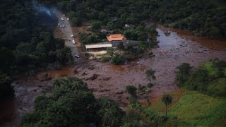 Brazil dam collapse releases huge flow of mud, deaths feared